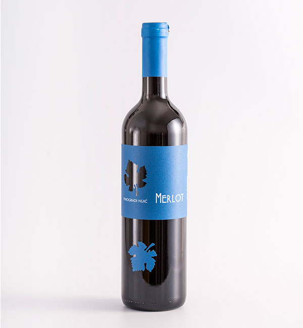 Merlot crveno kvalitetno vino